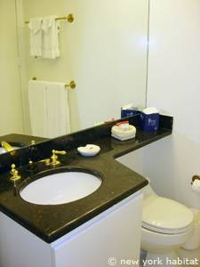 New York T2 appartement location vacances - salle de bain (NY-14748) photo 2 sur 2