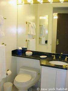 New York T2 appartement location vacances - salle de bain (NY-14749) photo 1 sur 3