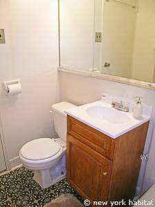 New York T2 - Loft - Duplex logement location appartement - salle de bain (NY-14764) photo 1 sur 2