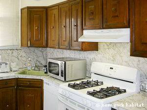 New York 3 Bedroom - Duplex accommodation - kitchen (NY-14866) photo 2 of 4