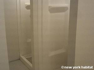 New York 3 Bedroom - Duplex accommodation - bathroom 2 (NY-14866) photo 3 of 3