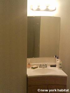 New York 3 Bedroom - Duplex accommodation - bathroom 2 (NY-14866) photo 2 of 3