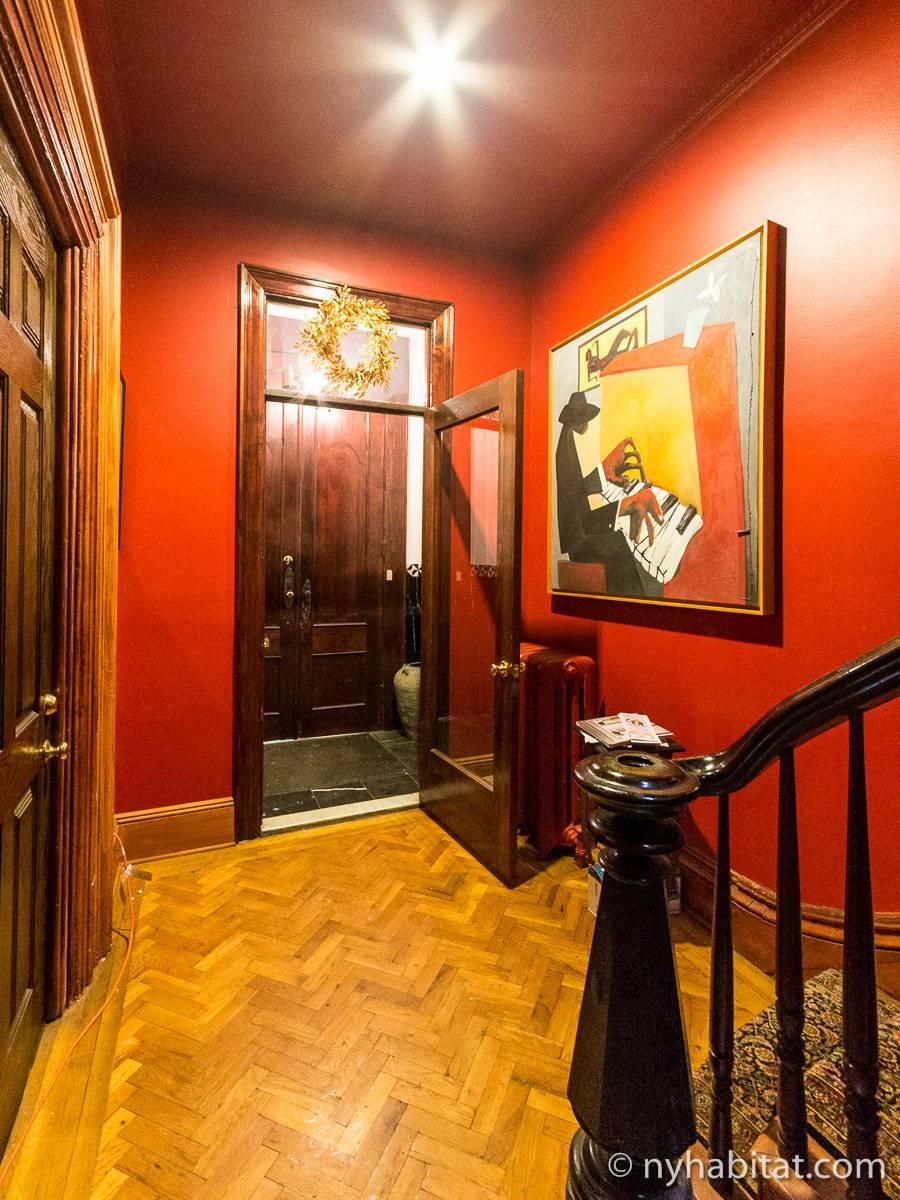 logement new york location meubl e t2 clinton hill. Black Bedroom Furniture Sets. Home Design Ideas