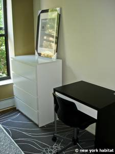 New York T5 appartement colocation - chambre 2 (NY-14938) photo 2 sur 4