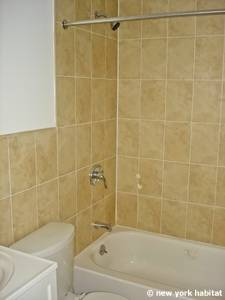 New York T5 appartement colocation - salle de bain (NY-14938) photo 1 sur 2
