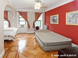 New York 1 Bedroom apartment - bedroom (NY-14996) photo 4 of 7