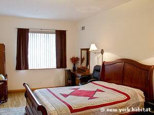 New York 2 Bedroom apartment - bedroom 1 (NY-15000) photo 1 of 2