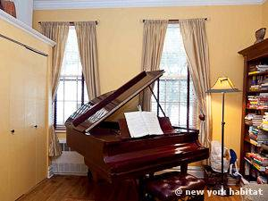 New York 1 Bedroom - Duplex apartment - living room 2 (NY-15001) photo 2 of 5