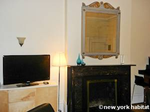 New York 1 Bedroom apartment - living room (NY-15085) photo 5 of 7