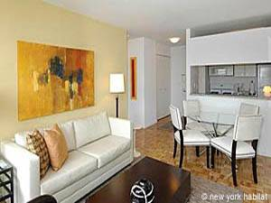 ... New York Studio Apartment   Living Room (NY 15099) Photo 2 Of 2 ...