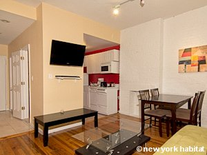 New York 4 Bedroom apartment - living room (NY-15182) photo 2 of 3