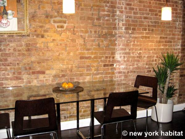 New York T2 appartement location vacances - séjour (NY-15192) photo 3 sur 4