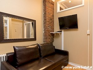 New York 2 Bedroom apartment - living room (NY-15199) photo 1 of 3