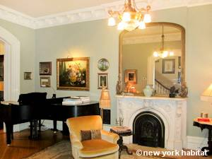 New York 4 Bedroom - Triplex accommodation bed breakfast - living room (NY-15258) photo 3 of 4