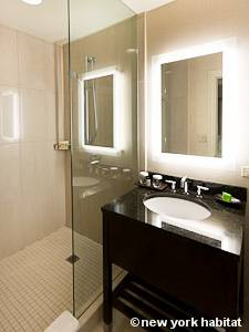 New York T2 appartement location vacances - salle de bain (NY-15271) photo 1 sur 2