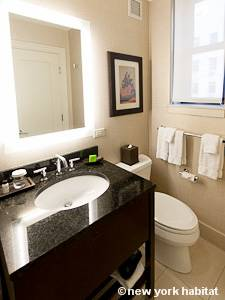 New York T2 appartement location vacances - salle de bain (NY-15271) photo 2 sur 2