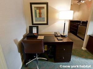 New York T2 appartement location vacances - séjour (NY-15271) photo 3 sur 4