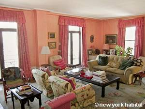 New York 3 Bedroom roommate share apartment - living room 1 (NY-15328) photo 1 of 5