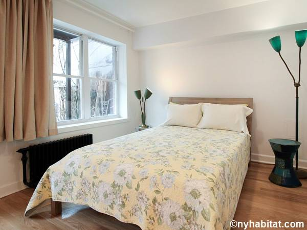 New York 1 Bedroom accommodation - bedroom (NY-15347) photo 1 of 4