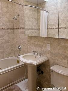 New York 2 Bedroom apartment - bathroom (NY-15405) photo 1 of 5