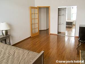 New York 2 Bedroom apartment - bedroom 1 (NY-15405) photo 4 of 5