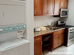New York 2 Bedroom apartment - kitchen (NY-15405) photo 3 of 4