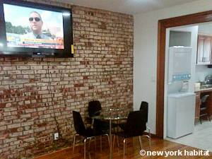New York 2 Bedroom apartment - living room (NY-15405) photo 4 of 8