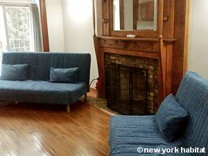 New York 2 Bedroom apartment - living room (NY-15405) photo 2 of 8