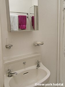 New York 1 Bedroom apartment - bathroom (NY-15414) photo 2 of 3