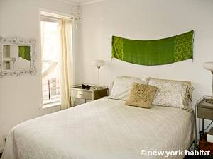 New York 2 Bedroom - Duplex accommodation - bedroom 1 (NY-15439) photo 1 of 4