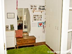 New York 2 Bedroom - Duplex accommodation - bedroom 1 (NY-15439) photo 4 of 4