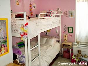 New York 2 Bedroom - Duplex accommodation - bedroom 2 (NY-15439) photo 1 of 4