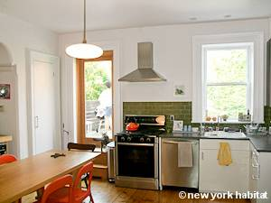 New York 2 Bedroom - Duplex accommodation - kitchen (NY-15439) photo 1 of 4