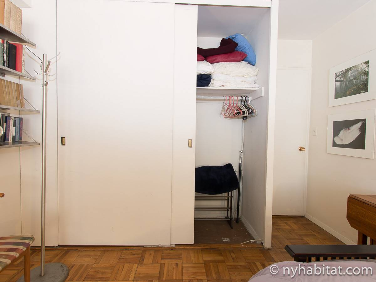 New York Roommate Room For Rent In Gramercy 2 Bedroom Apartment NY 15451