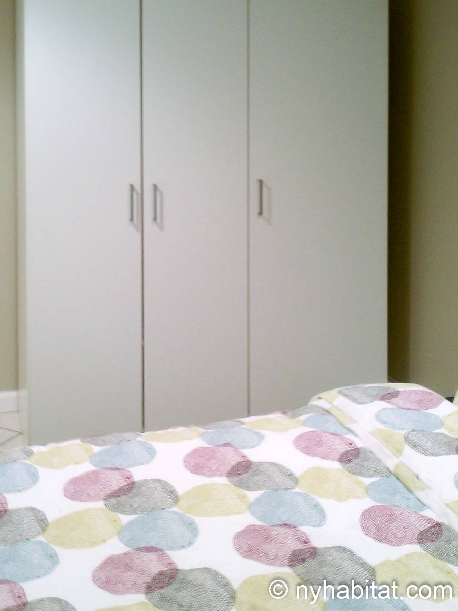 New York Roommate Room For Rent In Elmhurst Queens 2