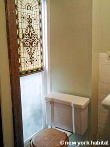 New York 1 Bedroom accommodation - bathroom (NY-15458) photo 2 of 2