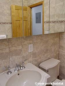 New York 2 Bedroom apartment - bathroom (NY-15464) photo 2 of 3