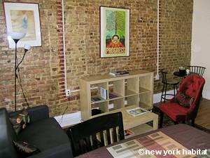 New York 2 Bedroom - Duplex accommodation - living room 2 (NY-15466) photo 3 of 4