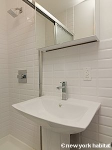 New York 2 Bedroom apartment - bathroom (NY-15482) photo 2 of 2