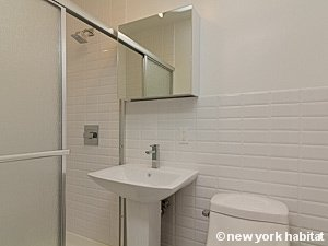 New York 2 Bedroom apartment - bathroom (NY-15482) photo 1 of 2