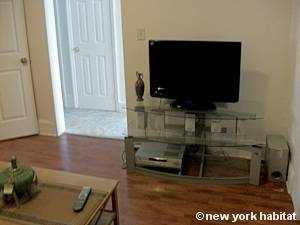 New York 3 Bedroom accommodation - living room 1 (NY-15524) photo 3 of 3