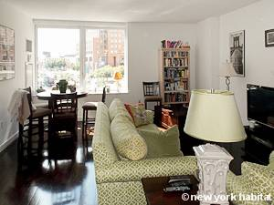 New York Alcove Studio apartment - living room (NY-15528) photo 2 of 8