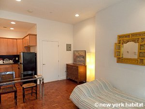 New York Studio apartment - living room (NY-15574) photo 4 of 5