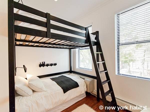 new york 2 bedroom duplex accommodation bedroom 2 ny 15593 photo