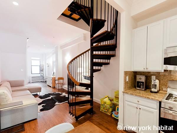 New York Accommodation 2 Bedroom Duplex Apartment Rental
