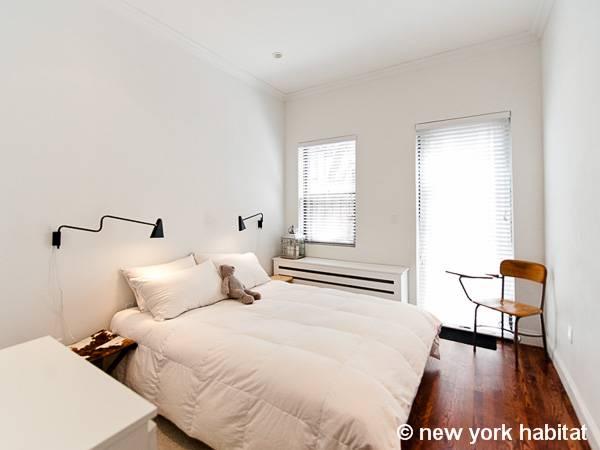 new york 2 bedroom duplex accommodation bedroom 1 ny 15593 photo