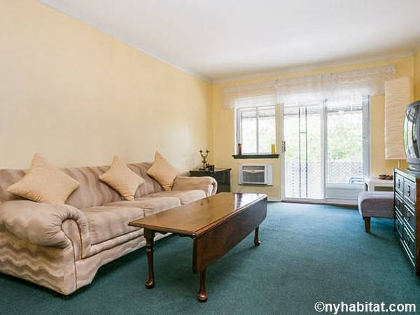 New York 3 Bedroom roommate share apartment - living room (NY-15645) photo 1 of 4