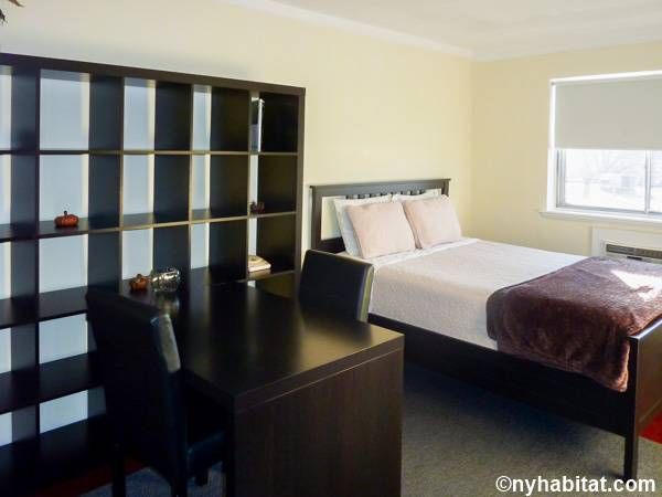 New York 3 Bedroom roommate share apartment - bedroom 1 (NY-15645) photo 1 of 3