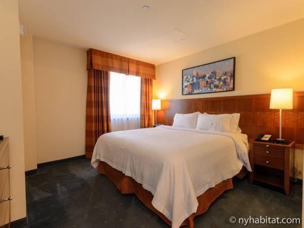 new york 2 bedroom accommodation bedroom 1 ny 15684 photo 1 of 5