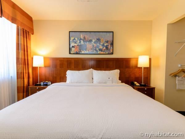 new york 2 bedroom accommodation bedroom 1 ny 15684 photo 3 of 5